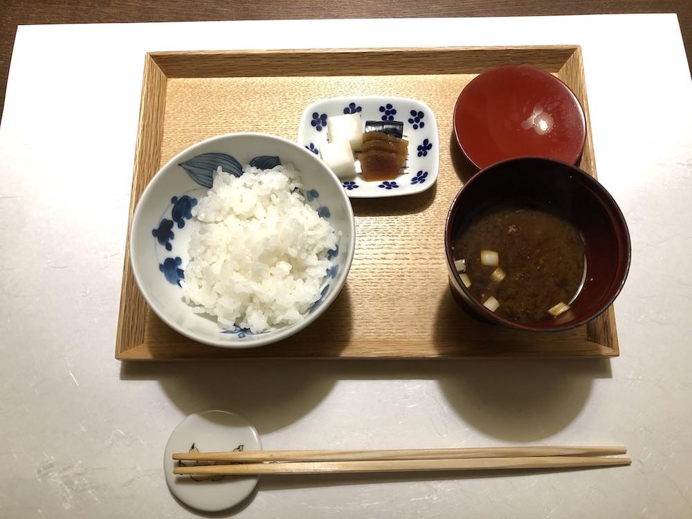 白ご飯と味噌汁