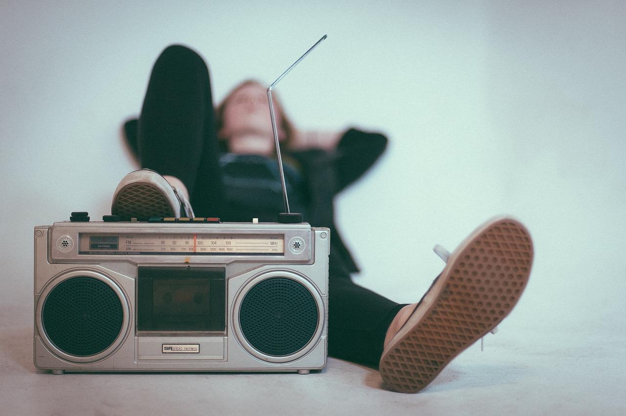 満員電車ではラジオがおすすめ!