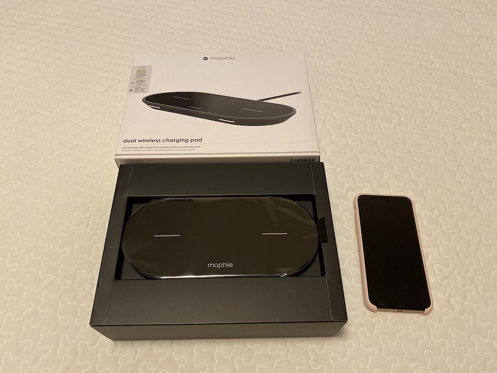 「mophie dual wireless charging pad」の画像